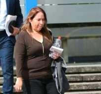 Versiones Caso sobornos, en las afueras de la Fiscalía General. Dr Luiz Muñoz abogado de Pamela Martinez. Foto: Archivo