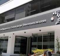 Tanto la Arcotel como la Contraloría determinaron irregularidades en el proceso. Foto: API