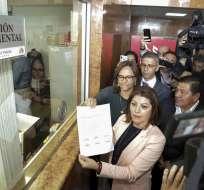 QUITO, Ecuador.- Propuesta de enmienda constitucional para restarle funciones a CPCCS tiene 56 firmas de respaldo. Foto: Twitter