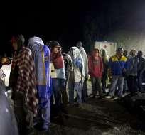 Colombia pide a Ecuador revisar imposición de visas a venezolanos. Foto: AP