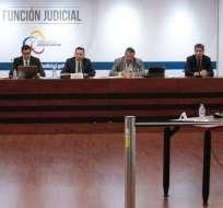 QUITO, Ecuador.- Los cuatro jueces que no se sometieron a este examen, perderán los 15 puntos. Foto: Twitter