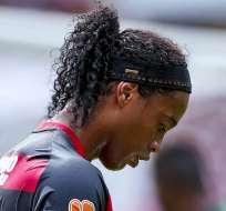 Ronaldinho en un partido en Brasil.