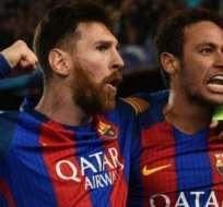 Lionel Messi junto a Neymar.