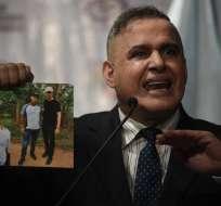 Ocurre tras fotos en las que Guaidó aparece con miembros de grupo narcoparamilitar. Foto: AFP