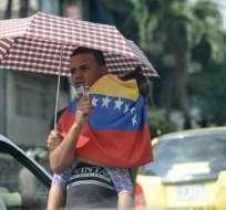 25 familias venezolanas viven bajo un puente en Guayaquil. Foto: Referencial