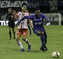 Daniel Angulo, delantero azul.