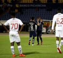 Jugadores de Universidad Católica celebran un gol. Foto: API.