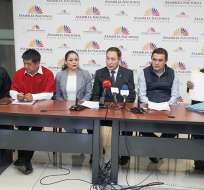 QUITO, Ecuador.- Según los exuniformados, les ofrecieron hasta casa para que incriminen a sus compañeros. Foto: Asamblea