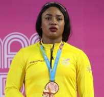 La pesista ecuatoriana quedó tercera en envión y el total de su categoría, 87 kg. Foto: Tomada de @ECUADORolimpico