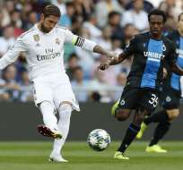 Sergio Ramos, capitán del Madrid tras un remate. Foto: Twitter Real Madrid.