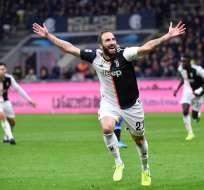 La 'Vecchia Signora' venció 2-1 a los 'neroazzuros' en condición de visitante. Foto: ALBERTO PIZZOLI / AFP