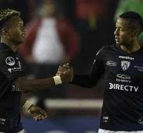 Jugadores de IDV en un partido de Sudamericana. Foto: Twitter Sudamericana.