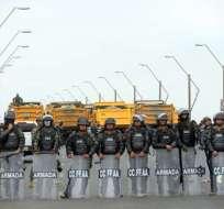 Cierran totalmente Puente de la Unidad Nacional por disturbios. Foto: API