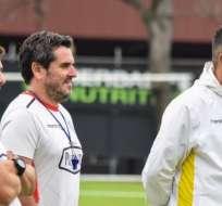 El entrenador de Barcelona aseguró que, si es por él, dejaría al jugador en el plantel. Foto: Tomada de @BarcelonaSC