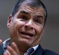 Rafael Correa rechaza que esté detrás de un golpe de Estado en Ecuador.