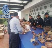 """Los objetos recuperados estaban preparados para su envío """"a España, Rusia y China"""". Foto: Min. Interior de Colombia"""