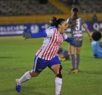 Jugadora de Libertad Limpeño celebra un gol. Foto: Twitter Libertadores Femenina.