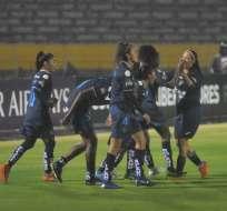 Jugadoras de Deportivo Cuenca festejan uno de los goles. Foto: Twitter FEF.