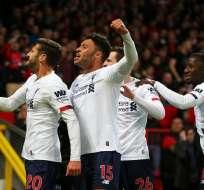 Jugadores del Liverpool celebrando el empate.