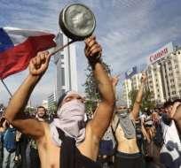 Las protestas en Chile comenzaron con la decisión del gobierno de subir el coste del pasaje de metro.