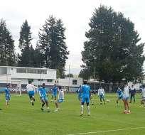 Jugadores de Universidad Católica durante un entrenamiento. Foto: Twitter Universidad Católica.