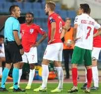 Partido entre Bulgaria e Inglaterra.