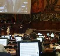 Algunos partidos piden archivar la norma, mientras otros quieren hacer cambios en ella. Foto: Tomada de @AsambleaEcuador