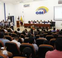El jueves 31 de octubre terminaron los contratos de 574 servidores del CNE.