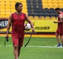 Silva, nuevo DT de BSC en el entrenamiento. Foto: Twitter BSC.