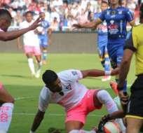 Los 'albos' vencieron 2-0 a los 'cetáceos' en el primer duelo decisivo de Copa Ecuador. Foto: API