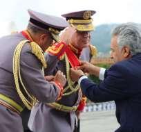 Lenín Moreno posesionó a los nuevos mandos militares de Ecuador. Foto: FF.AA.