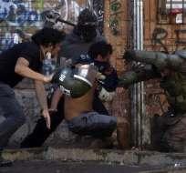 La fuerza de la explosión social en Chile dejó perpleja a la región. Foto: AFP