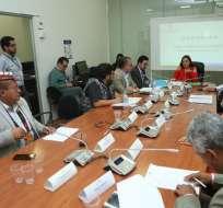 Integrantes de la Comisión de Fiscalización durante su sesión del lunes 18 de noviembre de 2019. Foto: Asamblea