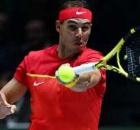 Rafael Nadal en un partido de tenis con España.