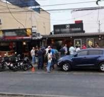 GUAYAQUIL, Ecuador.- La vía fue cerrada para atender la emergencia. Foto: @Cupsfire_gye