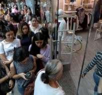 Durante el Black Friday, algunos venezolanos hicieron largas filas.