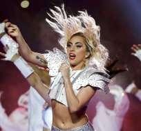 El 5 de febrero de 2017 Lady Gaga se presentó durante el espectáculo de medio tiempo del Super Bowl 51. Foto: AP