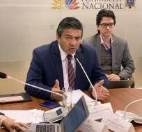 El asambleísta Burbano indicó que la Fiscalía debe revisar caso por caso detallado en el informe. Foto: Fernando Burbano