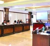 Ocho alcaldes y siete presidentes de juntas parroquiales participaron en la reunión. Foto: API