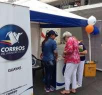 Correos del Ecuador tiene 919 empleados.