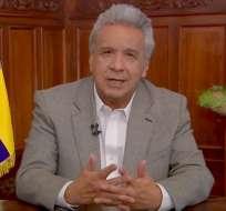 Lenín Moreno anunció en cadena nacional los beneficios de renegociar la deuda externa. Foto: captura de pantalla.