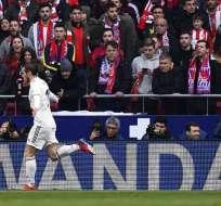 El delantero del Real Madrid hizo un 'corte de mangas' en su celebración de gol. Foto: GABRIEL BOUYS / AFP