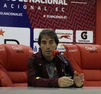 El entrenador de Barcelona reconoció que le gusta el juego del atacante peruano. Foto: Archivo