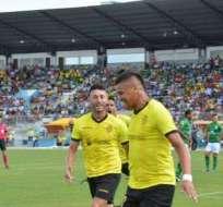 Héctor Penayo, goleador de Fuerza Amarilla.