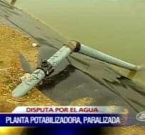 Toma ilegal de agua causa problemas en Santa Elena