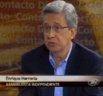 Herrería: Corte Constitucional estará sometida al presidente Correa