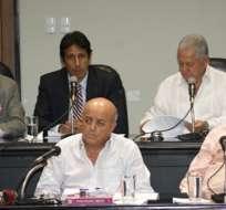 Ministro propone regular el consumo de bebidas alcohólicas en estadios