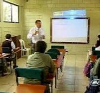 Varias escuelas y colegios particulares de la costa inician clases hoy