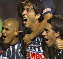 Santos, campeón mexicano con goles de Ludueña y Peralta