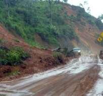Deslave causado por lluvias bloquea vía Cuenca – Molleturo - Guayaquil